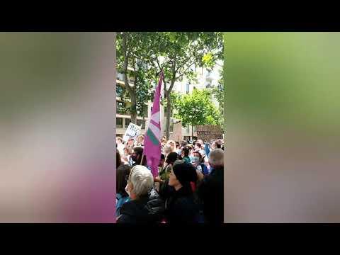 Instantanés à la manifestation pour l'hôpital