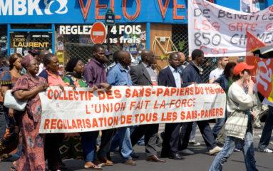 Direction générale du travail : des travailleurs clandestins en colère