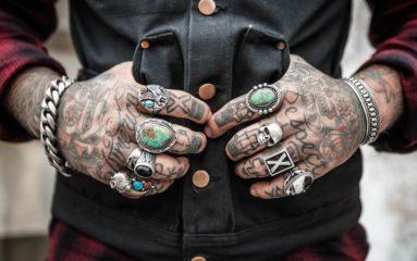 L'art du tatouage vulgarisé par Mikael de Poissy