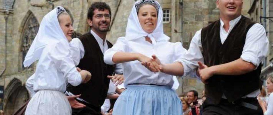 Le cercle celtique de Poissy défie la Bretagne!