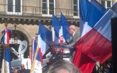 1er Mai: environ 500 personnes autour de Jean-Marie Le Pen