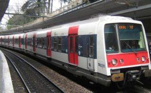 Coup de couteau mortel dans le RER: un homme de 65 ans écroué