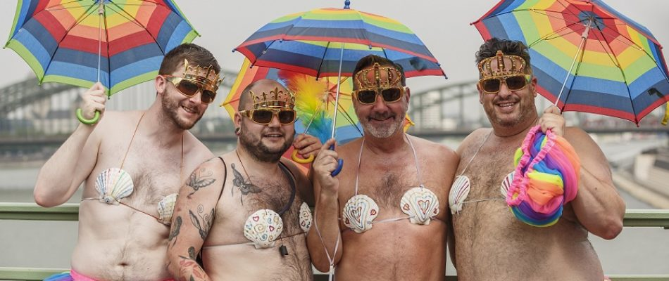 Vos absences - Page 6 Cologne_Germany_Cologne-Gay-Pride-2015_Parade-05-950x400