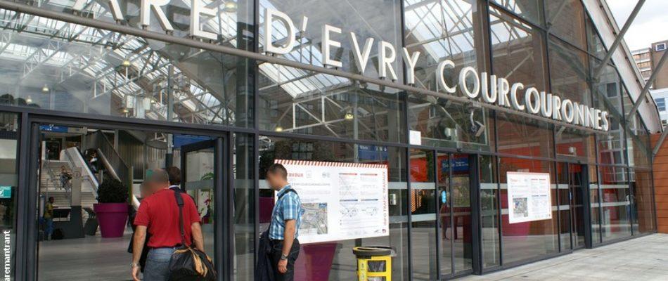 Gare d'Evry-Courcouronnes: «marches exploratoires» contre l'insécurité