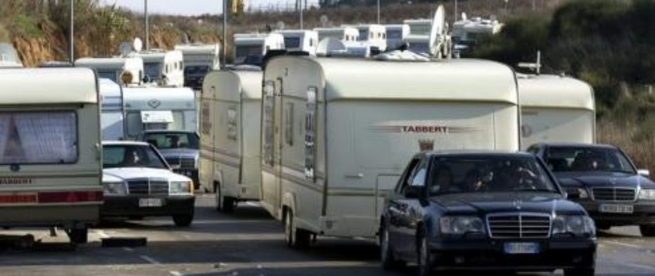 Vélizy (78): les gens du voyage bloquent le centre d'examen des permis de conduire
