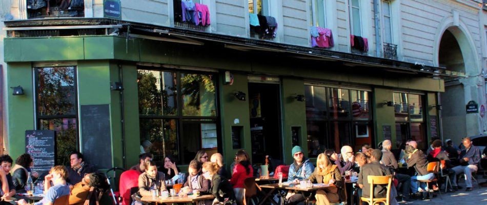 Rapport accablant sur la gestion des terrasses parisiennes