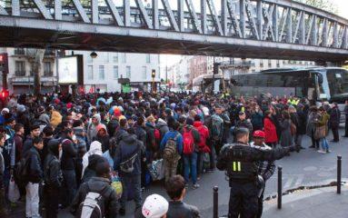 Paris: deux centres d'accueil pour migrants ouvriront en septembre