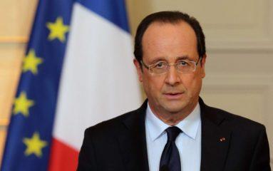 Montreuil: la dédicace de François Hollande écourtée…