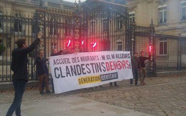 Versailles: Génération identitaire proteste contre l'arrivée de migrants clandestins