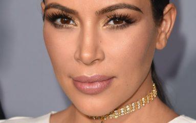 Kim Kardashian agressée et dévalisée dans son palace parisien
