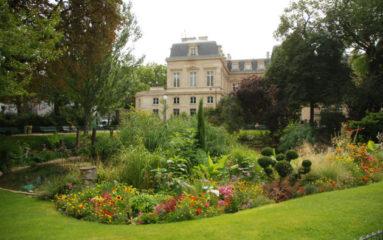 3e arrondissement: le square du Temple rebaptisé «Square Temple – Elie Wiesel»