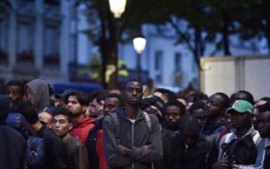 Un nouveau campement de migrants clandestins s'installe à Paris
