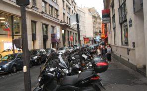 Stationnement à Paris: +170% pour les verbalisations de deux-roues