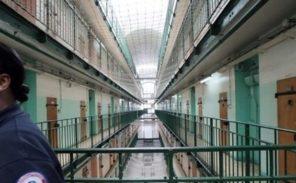 Prison de Fresnes: des surveillants impliqués dans les trafics