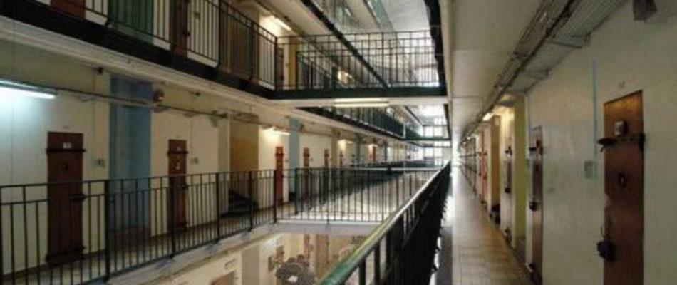 Une infirmière de Bois d'Arcy fournissait les détenus en produits prohibés