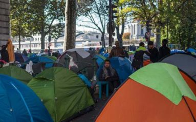 Migrants: nouveau démantèlement d'un campement sauvage