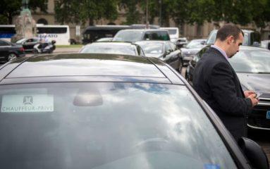 Les chauffeurs VTC bloquent à nouveau les accès aux aéroports parisiens
