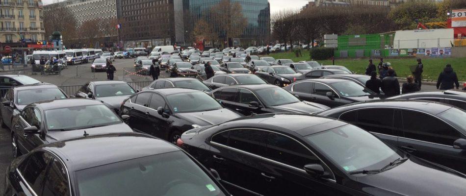 La Cour d'appel de Paris requalifie le contrat entre un chauffeur VTC et sa  plateforme