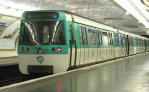 Agression dans le métro: le Front National réclame des agents de sécurité armés