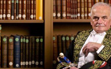 Scandale: la mairie refuse l'inhumation des cendres de Michel Déon à Paris