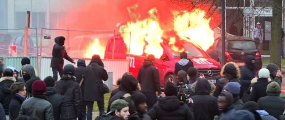 Bobigny: la manifestation pour «Théo» tourne à l'émeute