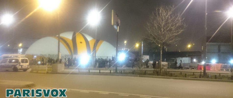 Centre d'accueil de la Porte de la Chapelle: l'échec.