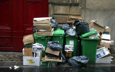 Les ordures ménagères jonchent les rues