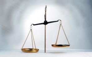 Emoi après l'acquittement de 7 violeurs présumés