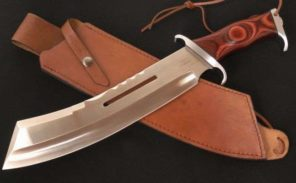 Couteau contre machette devant la gare de Bourg-la-Reine