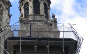 La grande misère des églises parisiennes