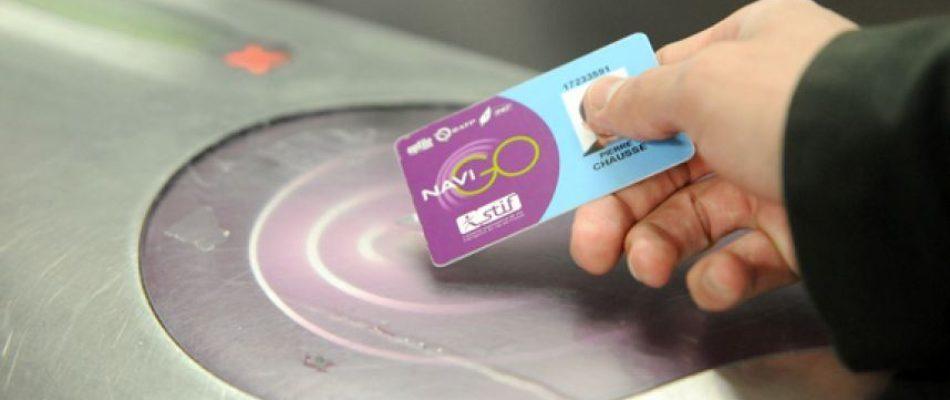 Anne Hidalgo annonce la mise en place  d'un pass Navigo gratuit pour les plus de 65 ans modestes