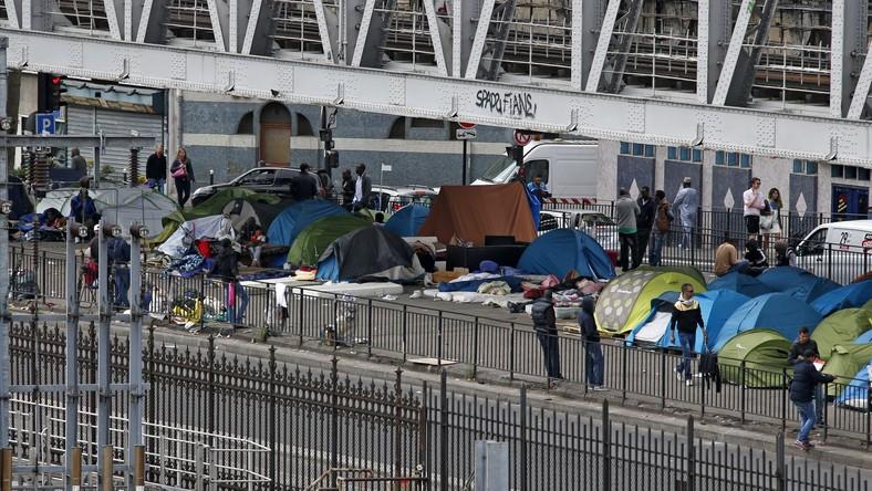pro-migrants