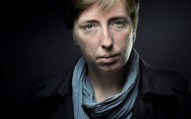 La Chapelle: face au harcèlement des femmes, Caroline de Haas propose des trottoirs plus larges