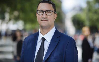 Un député LREM frappe à la tête un responsable PS à coups de casque