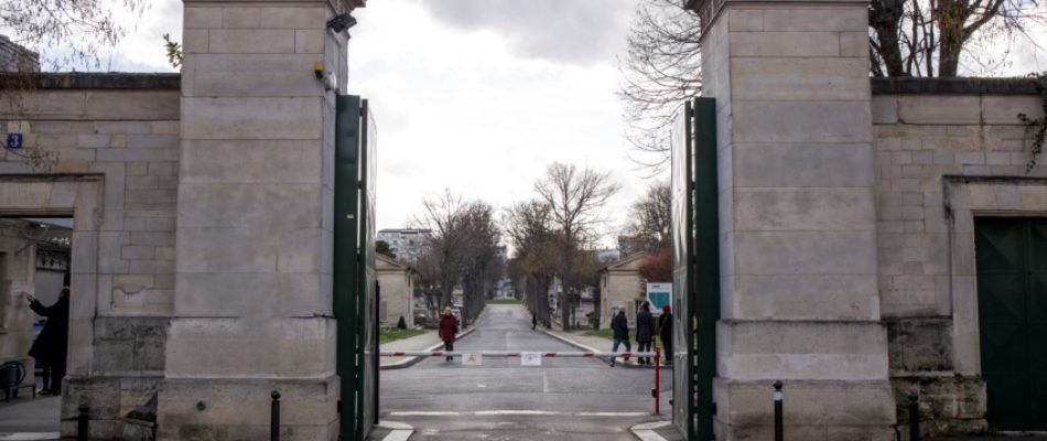 Histoire de Paris: le nécrophile du cimetière de Montparnasse