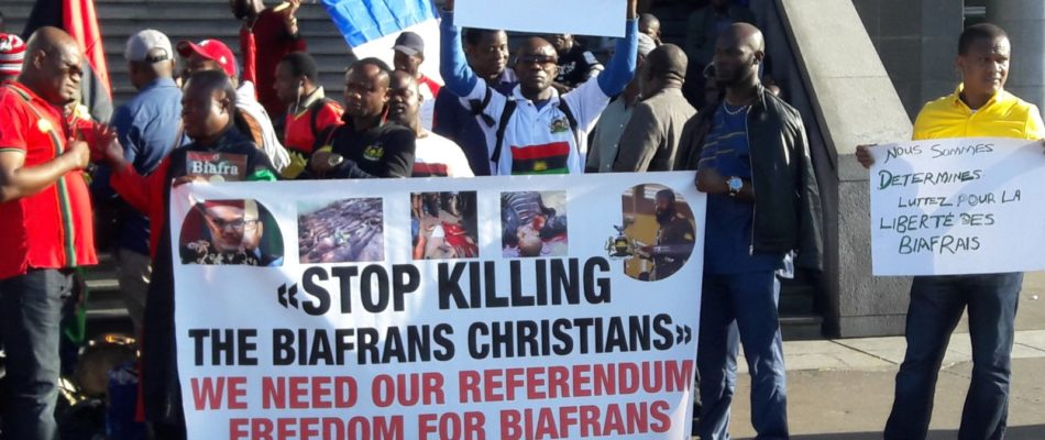 Rassemblement de Biafrais à la Bastille