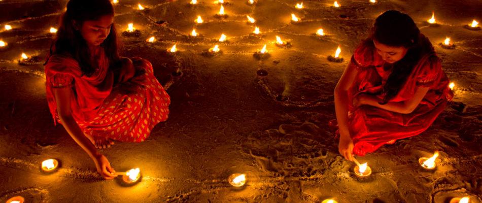 Après la Nuit du Ramadan, La Fête hindou de Diwali à la Mairie de Paris