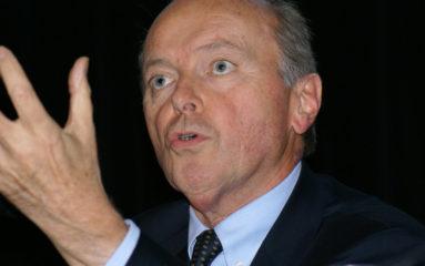 Jacques Toubon demande l'arrêt du renvoi des clandestins afghans