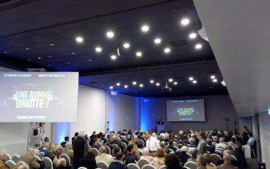 Une bonne droite pour Macron! Succès du 3e forum de la dissidence.