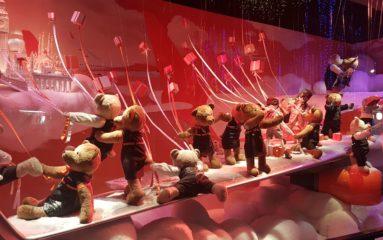 Visite au Printemps Haussmann pour les vitrines de Noël