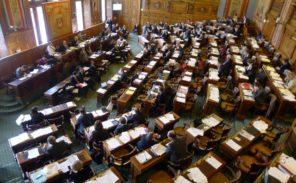 Paris: la mairie supprime les pailles dans ses services et événements