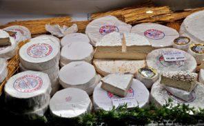 C'est la foire aux fromages à Coulommiers!
