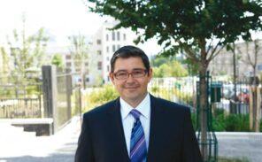 Jerome Coumet , maire du 13ème, bientôt décoré