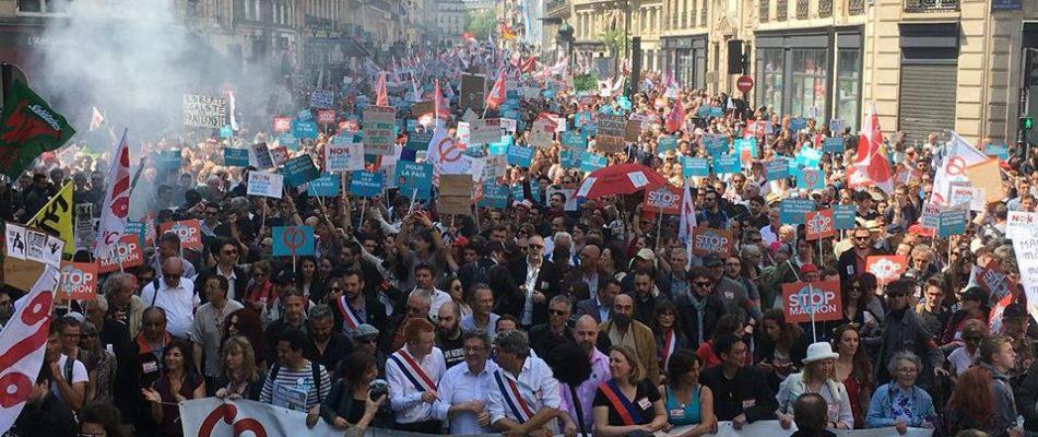 """""""Ave Jupiter, ici défilent, ceux qui ont voté pour toi"""""""