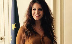 Marlène Schiappa assure la promotion de son livre via les fichiers de son ministère
