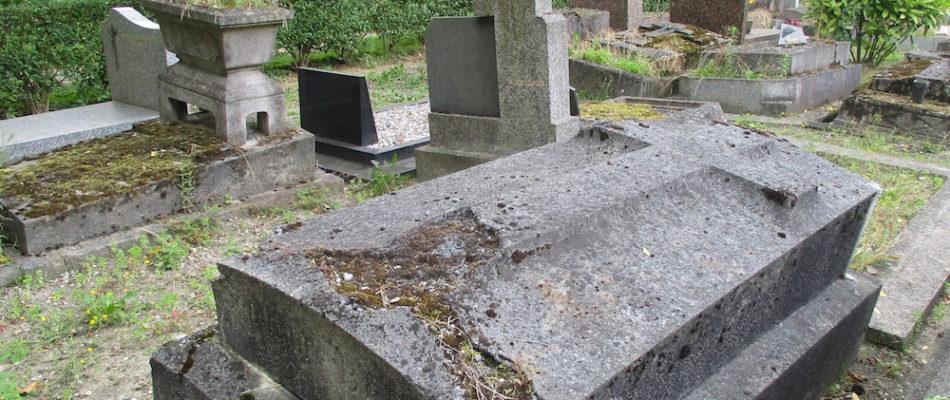Bobigny: les fossoyeurs dépouillaient les cadavres