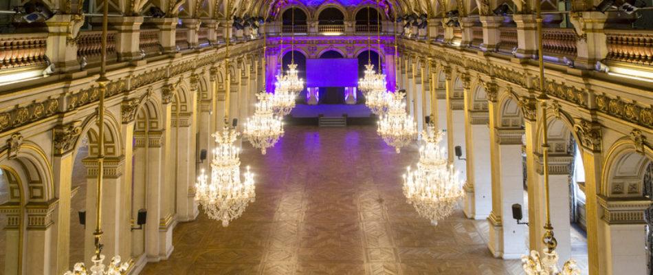 Hébergement à la mairie de Paris: des sdf ou des migrants?