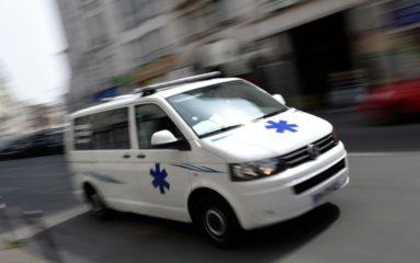 Les ambulanciers bloquent la Place de la Concorde