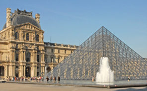 Nouveau record de fréquentation pour le Louvre : bonne ou mauvaise nouvelle ?