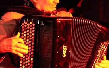 Disparition de l'accordéoniste Marcel Azzola